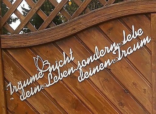 Träume nicht dein Leben sondern lebe deinen Traum  - Wandtatoo aus Edelstahl -